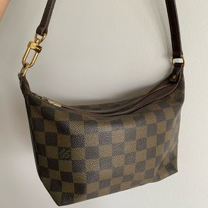 Authentic LOUIS VUITTON Illovo PM